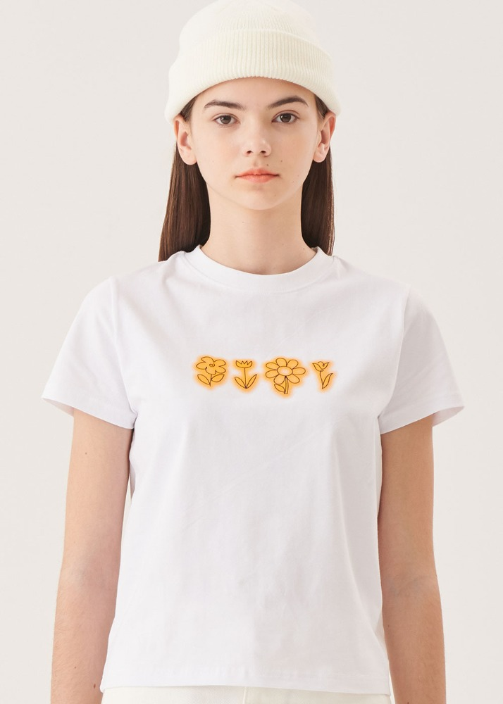 Flower drawing T-shirts [WHITE]Flower drawing T-shirts [WHITE]자체브랜드