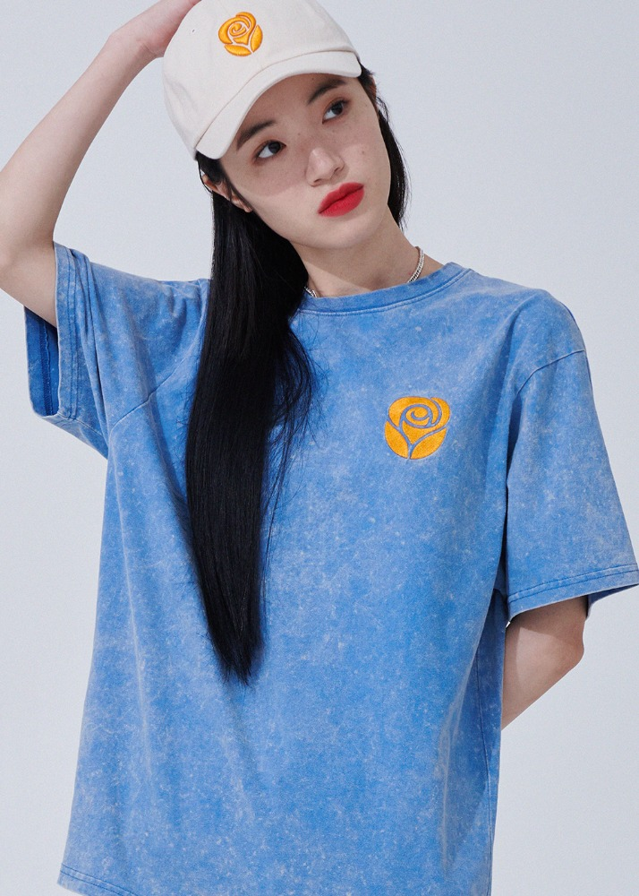 Essential Rose Snow Washing T-shirts [BLUE]Essential Rose Snow Washing T-shirts [BLUE]자체브랜드
