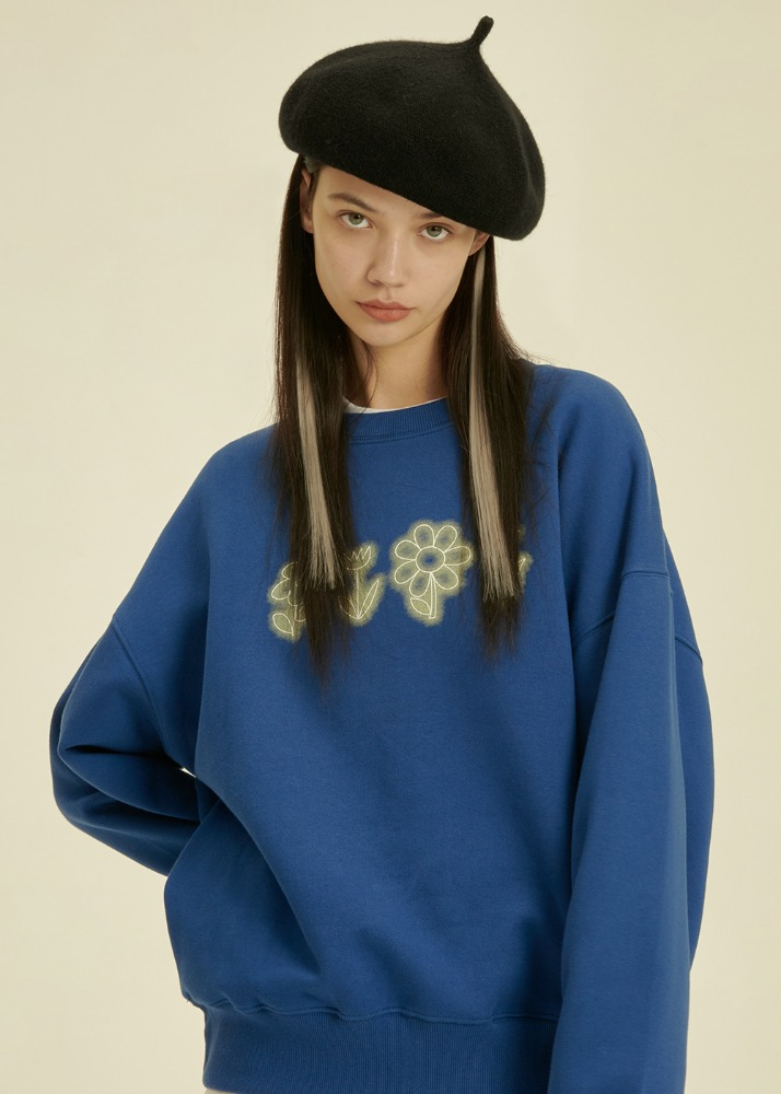 Flower Drawing Sweatshirt [DEEP BLUE]Flower Drawing Sweatshirt [DEEP BLUE]자체브랜드